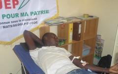 La  JEP donne son sang  aux  blessés de l'insurrection