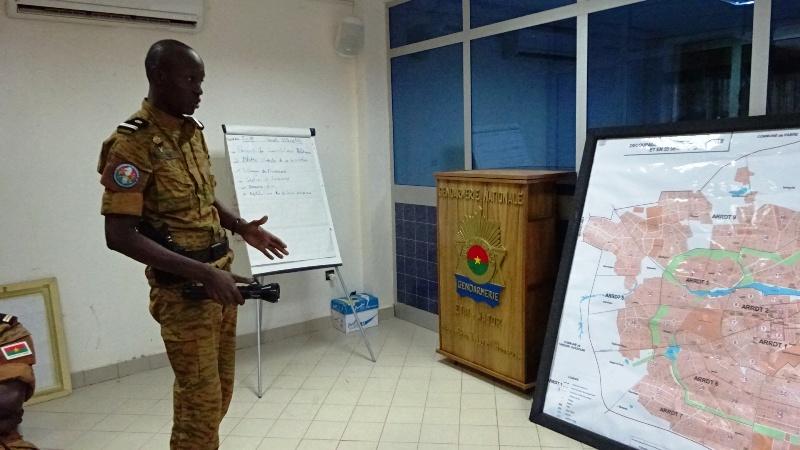 Le lieutenant Lewis Toé, responsable des opérations (© Burkina24)