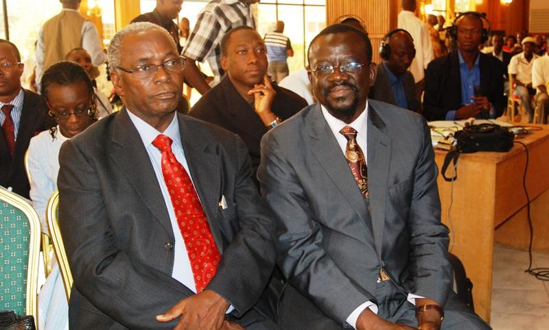 Me Bénéwendé Sankara (d.) et le désormais ancien directeur de cabinet de l'ancien chef de file de l'opposition politique ( © Burkina24)