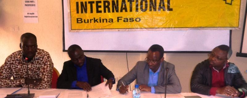 Les presentateurs du rapport de Amnesty International