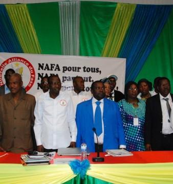 Le bureau de la NAFA, lors du congrès constitutif du parti, le 31 janvier 2015 © Burkina24