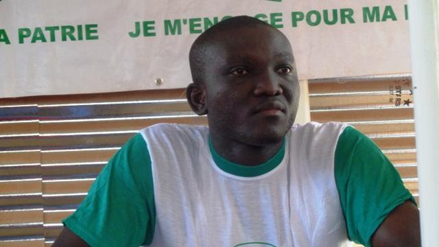 Le Chargé des encadrements et de la formation de l'association JEP, Jean Philippe Dabiré.