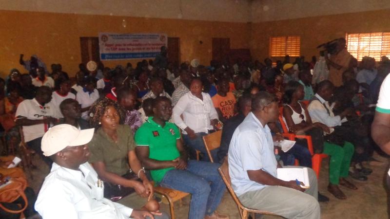 Les militants du CDP sont sortis nombreux à la Maison des jeunes de Larlé.
