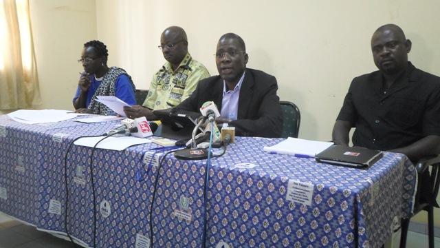 Les responsables de l'ONEA, au centre le directeur régional Ouagadougou