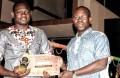 Moussa Ouédraogo, désigné meilleur graphiste de l'année 2015 au Faso Music Awards © DR