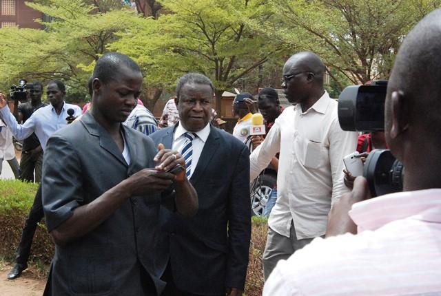 Le ministre Filiga a assuré que les doléances des étudiants seront examinés en conseil des ministres © Burkina24