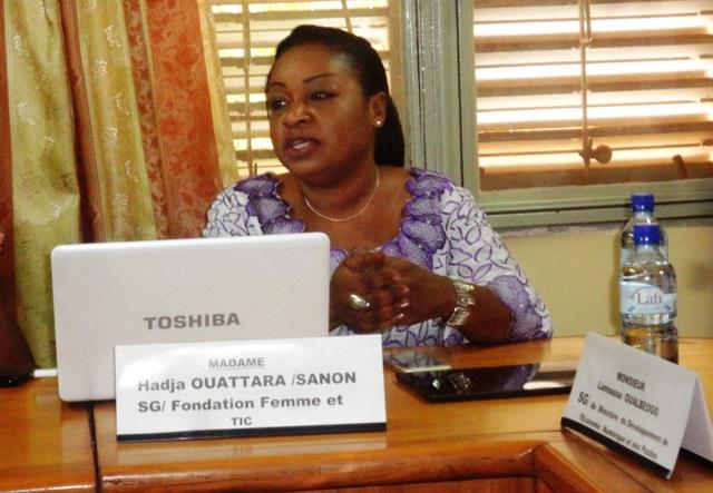 Hadja Ouattara Sanon, la secrétaire générale de la Fondation Femme et TIC
