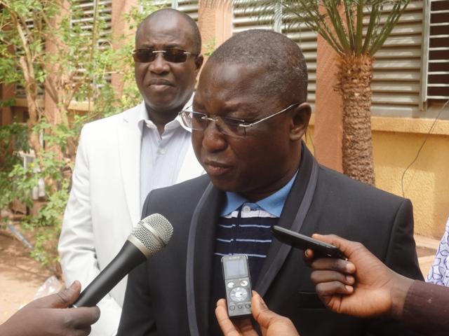 Le ministre du développement de l'économie numérique et des postes, Nébila Amadou Yaro.