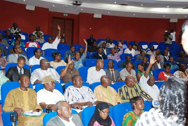 Les députés de l'ex-majorité ont voté contre la loi  © Burkina24