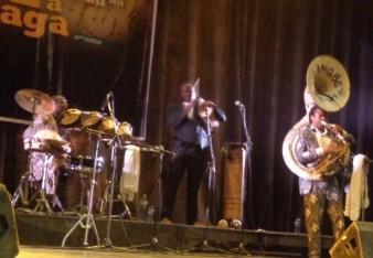 Le groupe Gangbé Brass Band  en prestation à Jazz à Ouaga 2015  © Burkina24