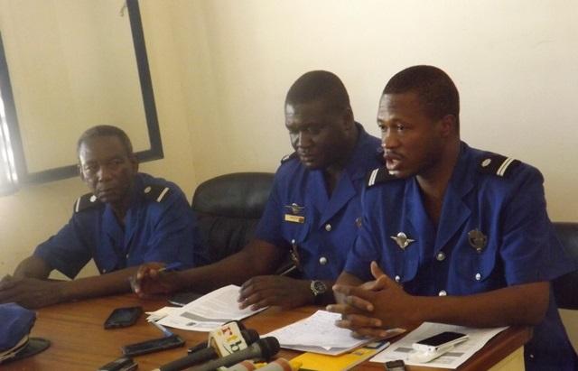 Les gendarmes lors de la conférence de presse