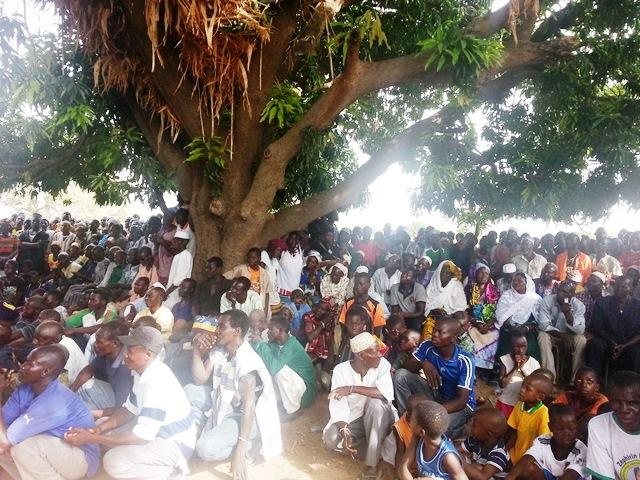 Les populations de Bindé au meeting de l'UPC
