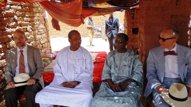 Les deux ministres en charge des questions de frontières et les deux ambassadeurs allemands au Burkina et au Niger (©Burkina24)