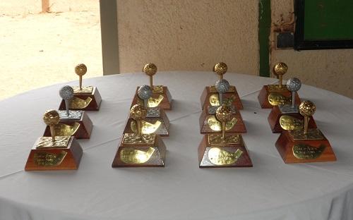Les trophées mis en jeu pour la Comptétition BOA ©B24
