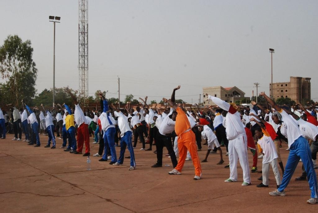 Les participants au sport pour tous ont varié les mouvements lors de cet exercice