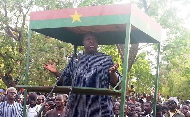 Zéphirin Diabré, président de l'UPC s'adressant aux militants
