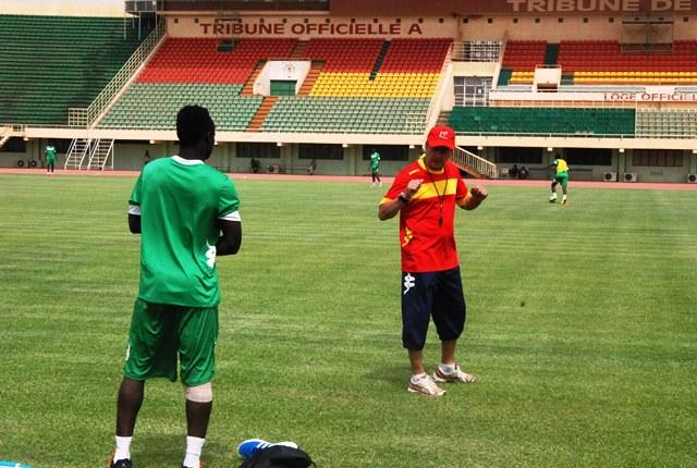 Pour l'entraîneur des Etalons, il reste à trouver l'équipe type  © Burkina24