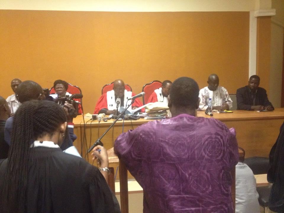 Ousmane Guiro à la barre, attendant le verdict