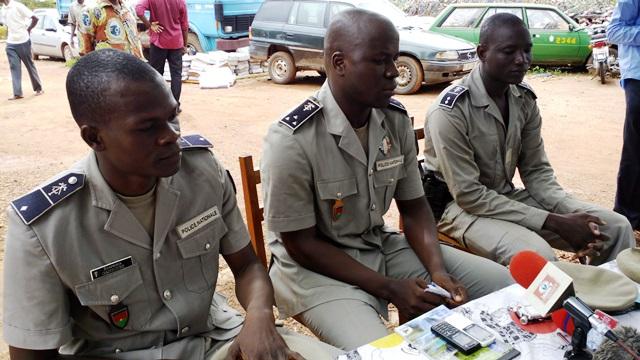 Les policiers appellent les populations à plus de vigilance dans leurs habitudes alimentaires © Burkina24