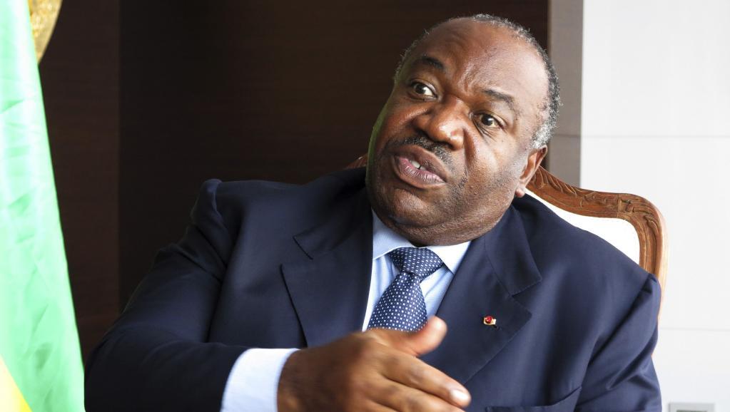 Télescopage d'informations entre Jeuneafrique et La Lettre du Continent — Convalescence d'Ali Bongo