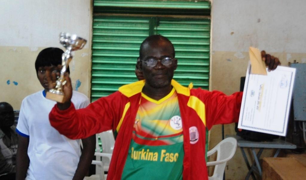 Adama Koné domine le jeu de dame au Burkina Faso