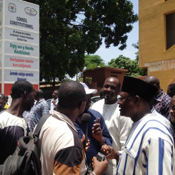 """Le président du parti """"Le Faso Autrement"""", Ablassé Ouédraogo, après avoir déposé son dossier de candidature au Conseil constitutionnel, était face à la presse."""