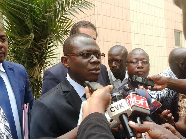 « Nous voulons maintenir les prix des loyers dans une portion assez supportable par la majorité des Burkinabè », selon le ministre René Bagoro