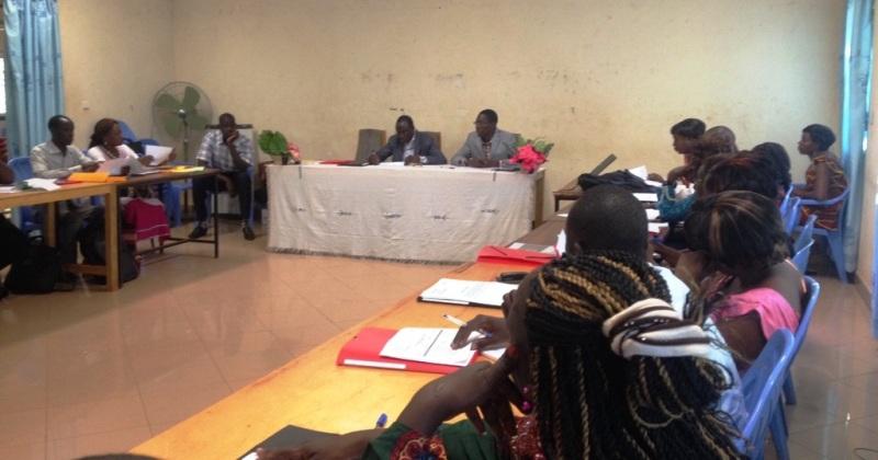 Atelier de formation de journalistes sur les 50 directives élaborées pour la promotion de l'égalité hommes-femmes dans les médias.