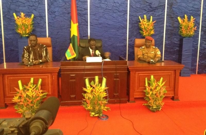 Le Président du Faso, Michel Kafando, a rencontré les différentes parties signataires de la Charte de la Transition, ce mardi 13 octobre 2015.