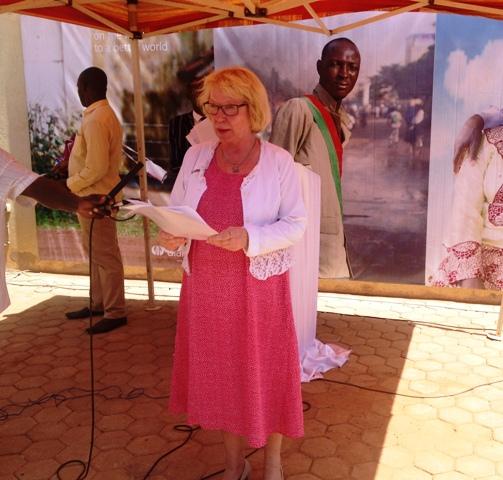 Le personnel de Diakonia a témoigné sa reconnaissance à Margarita C. qui est en fin de mission à Diakonia-Burkina.