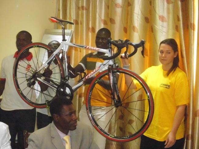 Si un Burkinabè remporte le maillot jaune, il repartira avec ce vélo