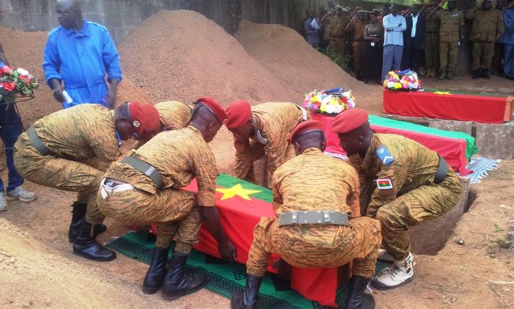 Les gendarmes ont dit au revoir à leurs frères d'armes