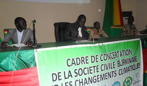 La société civile veut jouer sa partition