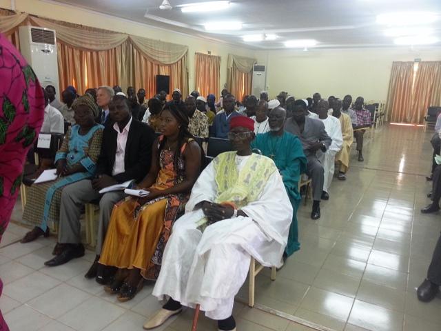 Les autorités locales (religieuses, administratives et coutumières à lors de la cérémonie d'ouverture du comité de suivi et de liaison à la mairie de Ouahigouya.