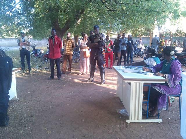Un bureau de vote à Ziniaré