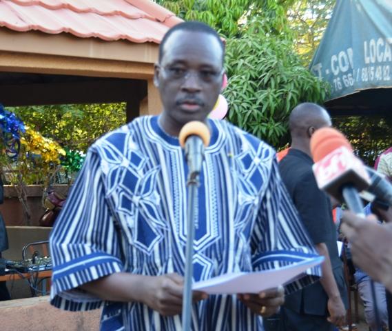La « Fondation Zida pour le Burkindi » est présidée par le premier ministre, Yacouba Isaac Zida.