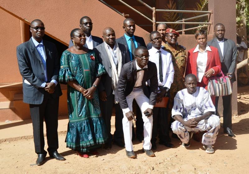 La Photo de famille lors de la cérémonie d'ouverture des 72 heures du Communicateur à l'Université de Ouagadougou.
