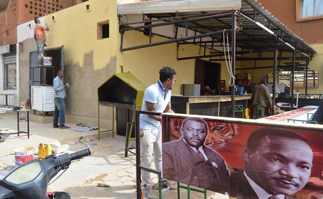De nouvelles couleurs pour donner une autre vie à Taxi Brousse © Burkina24