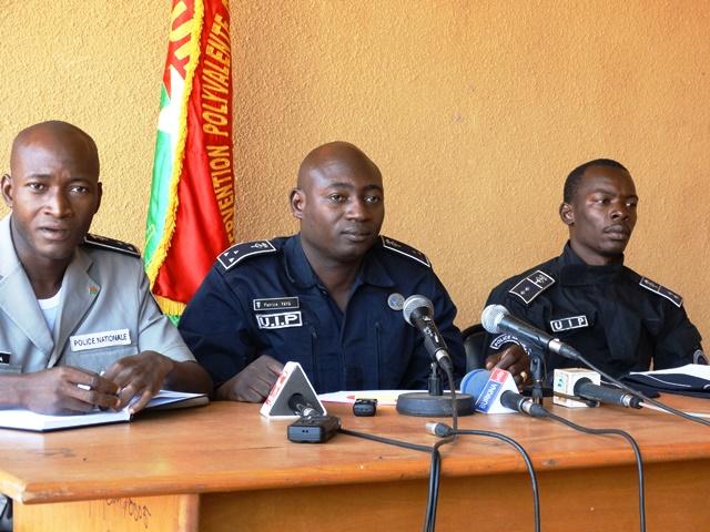 « ces malfaiteurs n'hésitent pas à violer femmes, jeunes filles et domestiques », selon Patrice Yéyé (milieu)