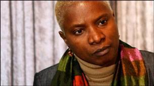 La chanteuse béninoise Angélique Kidjo. © BBC Afrique.