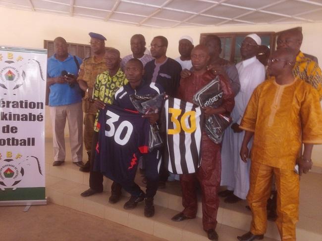 Par ce geste, la FBF veut montrer aux représentants burkinabè en compétitions africaines qu'ils ne sont pas seuls
