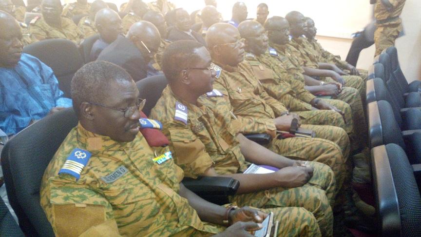 Les chefs militaires ont été appelés par le ministre de la défense à mettre leurs divergences sous le boisseau © Burkina24