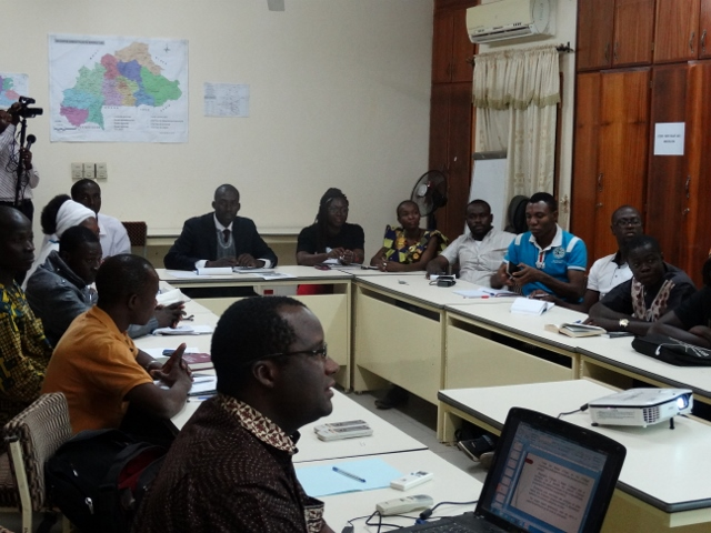 Les participants lors du symposium © Burkina24