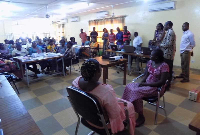 Formation d'agents de santé et animatrices à Dédougou.