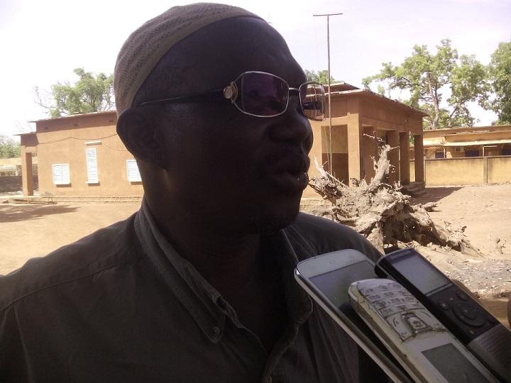 Le Président des commerçants de Fada, Yacouba Thombiano, demande à ses collègues de rouvrir les boutiques afin d'entamer des négociations