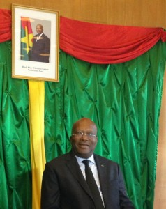 Visite du Président KABORE à l'ambassade du Burkina à Paris