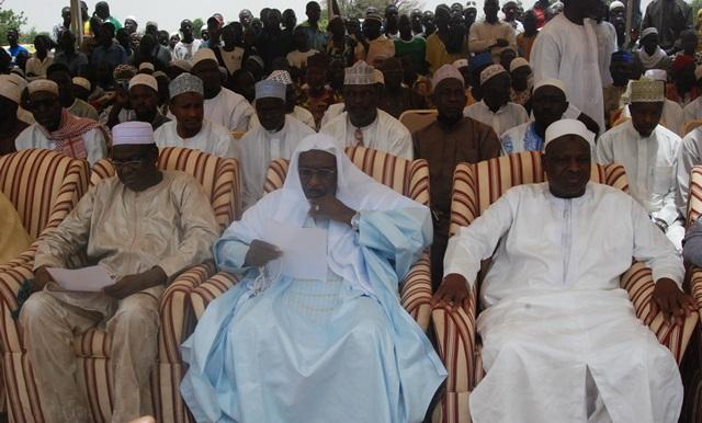 Le co-parrain Mahama Zoungrana, le parrain Dr Aboubacar Doukouré, le donateur Hamidou Oédraogo