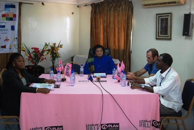 Quelques responsables locaux de Plan international Burkina Faso lors de la conférence de presse