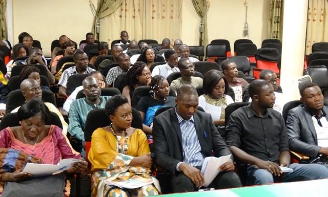 Les panélistes présents à l'ouverture du forum ce 17 juin.