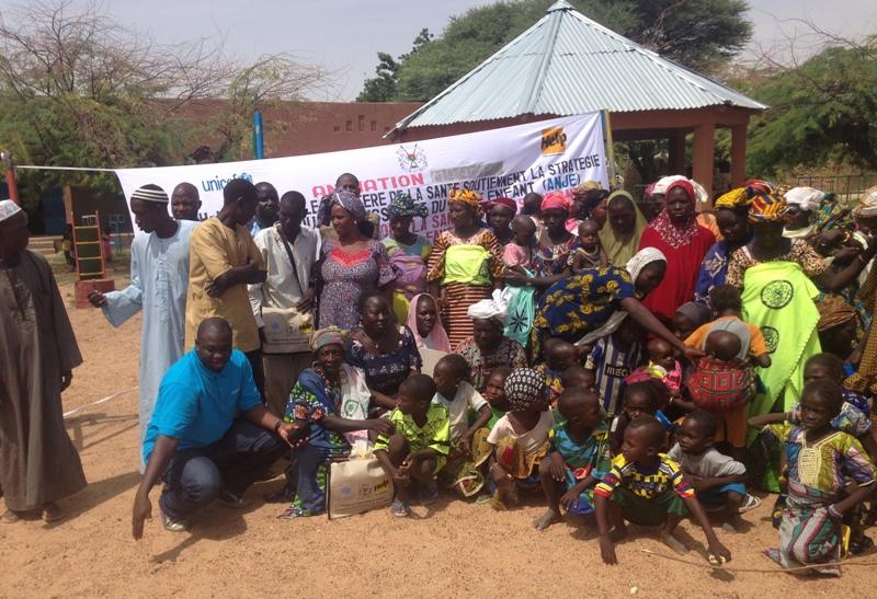 Après une visite du Groupe de mères appelé GASPA dans le village de Selbo à environ 12 km de Dori.